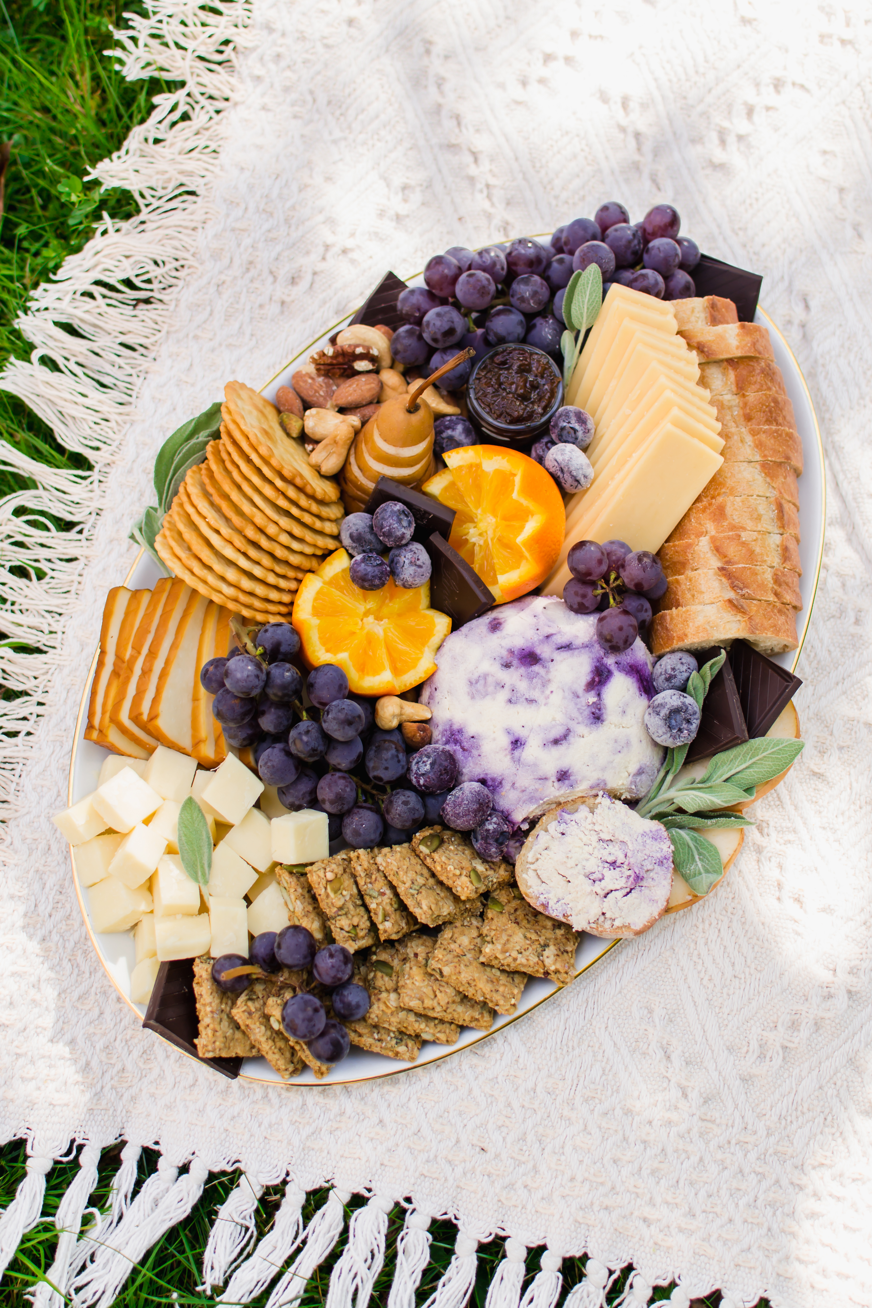 How To Make The Dreamiest Vegetarian Grazing Platter Radiant Rachels